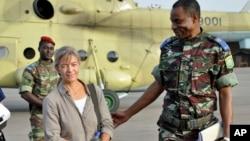 Bà Beatrice Stockly được giải cứu sau khi bị bắt cóc bởi nhóm quân đội Hồi giáo, ngày 24/4/2012.
