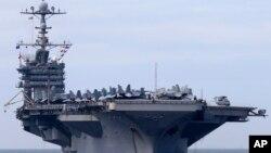 Корабль ВМС США «Джордж Вашингтон»