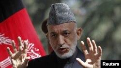 지난 10월 기자회견을 가진 하미드 카르자이 아프간 대통령. (자료사진)