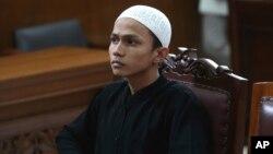 Chiến binh Hồi giáo Sigit Indrajit tại tòa án ở Jakarta, Indonesia, ngày 21/1/2014.