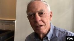美国约翰霍普金斯大学高等国际研究所教授卜道维接受美国之音采访。(2019年11月20日)
