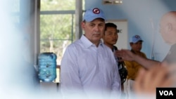 FILE: William Heidt, U.S. Ambassador to Cambodia, at a study tour about the Cambodia Mine Action Center (CMAC)'s Training Center in Kampong Chhnang province, on Friday, March 31, 2017. (Sun Narin/VOA Khmer)
