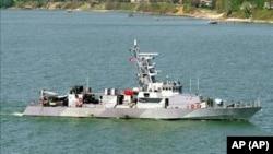"""资料照片:美国海军""""霹雳号""""海岸巡逻艇。"""