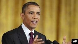 سهرۆک براک ئۆباما له میانهی کۆنگرهیهکی ڕۆژنامهوانی له کۆشـکی سـپی، چوارشهممه 29 ی شهشی 2011