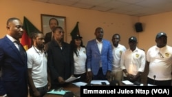 Les membres de la plateforme brigade des patriotes camerounais lors de la conférence de presse à Yaoundé, au Cameroun, le 17 février 2019. (VOA/Emmanuel Jules Ntap)