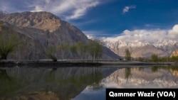 اپنے قدرتی حسن کی وجہ سے گلگت بلتستان سیاحوں کی توجہ کا مرکز بنا رہتا ہے۔