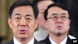 中共重慶市委書記薄熙來(左)和重慶市副市長王立軍(右)(資料照片)
