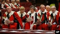 Члени британської Палати лордів. Фото з архіву