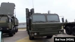 俄向中国交货首个S-400导弹团全部装备