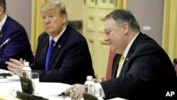 Ngoại trưởng Mỹ Pompeo và Tổng thống Trump tại Việt Nam.