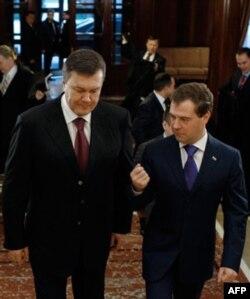 """Viktor Yanukovich prezidentlikka saylanayotganida """"Rossiyaning odami"""" deb ko'rilmaganmidi?"""