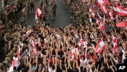 Déploiement de l'armée à Beyrouth au septième jour de contestation pacifique au Liban
