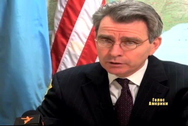 США попередили Україну про наслідки розгону Майдану