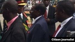 UMongameli Robert Mugabe eHarare phandle kwedale lephalamende ngoLwesibili.