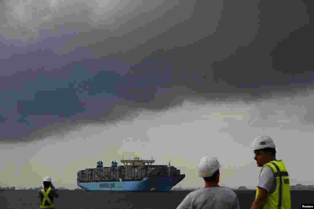 سنگاپور کی بندرگاہوں کا شمار دنیا کی مصروف ترین بندرگاہوں میں ہوتا ہے