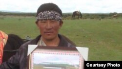 Tibetan Man Self-Immolates in Amdo Machu