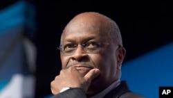 Herman Cain, coopté par le président Donald Trump pour siéger au conseil d'administration de la Réserve fédérale. (Photo AP / Molly Riley, Fichier)