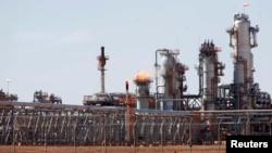 FILE - A view of Krechba gas treatment plant, about 1200 km (746 miles) south Algiers, Dec. 14, 2008.