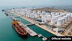 Uni Eropa memberikan sanksi terhadap bank Iran karena membantu proyek-proyek minyak dan gas Iran (foto: dok).