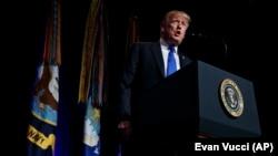特朗普总统在五角大楼就美国导弹防御战略发表讲话。(2019年1月17日)