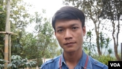 As a child, Sopon Ayi, 29, sometimes went hungry when his father squandered the family's money to feed his opium addiction. (Photo: L. Hoang / VOA)