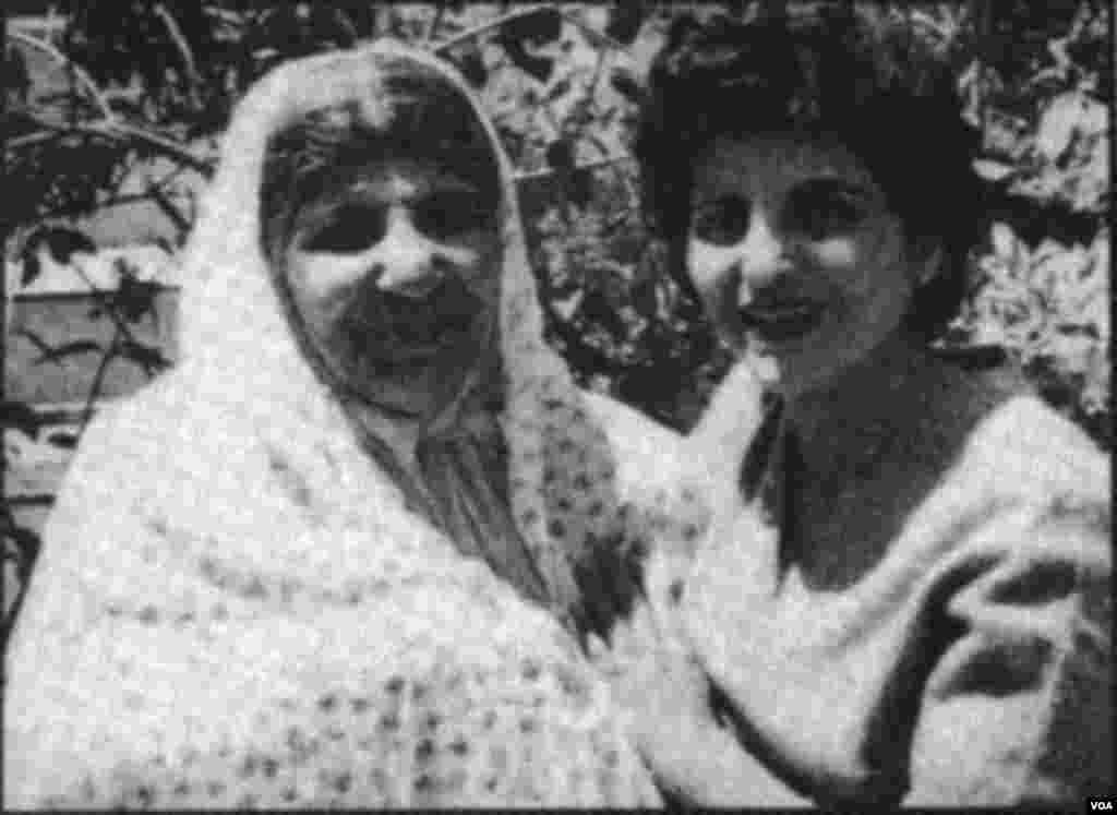 ستاره فرمانفرمایان و مادرش