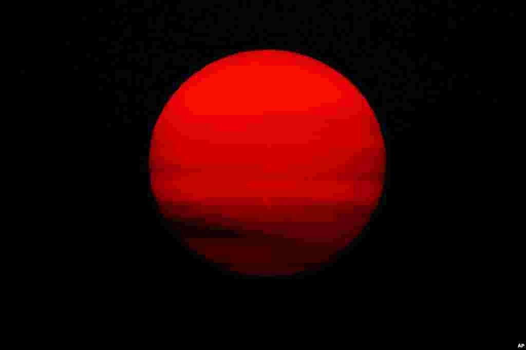 طلوع خورشید بر فراز مکزیکوسیتی پایتخت مکزیک
