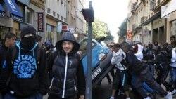 اعتصابات در فرانسه برنامه پرواز صدها هواپيما را به حالت تعليق درآورد