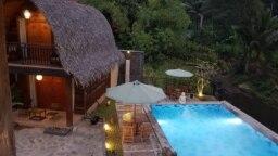 Hotel kelas menengah Khanaya bergaya Bali dan Lombok. (foto courtesy)