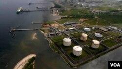 나이지리아 보니의 로열 더치 관련 천연액화가스 생산 시설. (자료사진)