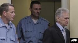 Ish-gjenerali serb Peresiç dënohet me 27 vjet burgim