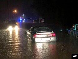 Los meteorólogos indicaron que hasta 5 pulgadas (13 centímetros) de lluvia podrían caer en el norte de Alabama y en el centro y norte de Georgia.