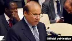 پاکستان کے وزیر اعظم نواز شریف (فائل فوٹو)