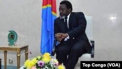 Nikki Haley et Joseph Kabila, Kinshasa, RDC, le 27 octobre 2017 (VOA/Top Congo)