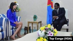 L'ambassadrice des Etats-Unis à l'ONU, Nikki Haley, et le président Joseph Kabila, Kinshasa, RDC, le 27 octobre 2017 (VOA/Top Congo)