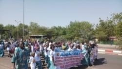 Mali: Djamana denw hakilinaww djaman tigui sigui kalata kan, mi bena ke kari do. Mariam Traore.