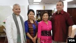 William A. Heidt, U.S. Ambassador to Cambodia, and his wife, Sotie Heidt are pictured with local Cambodian-Americans at Buddhikarama temple, Maryland, July 23, 2017. (Nem Sopheakpanha/VOA Khmer)