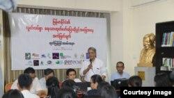 ျမန္မာသတင္းသမားေတြ အကာအကြယ္မဲ့ေနဟု Pen Myanmar ထုတ္ျပန္ (PEN Myanmar)
