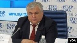 俄共議員塔伊薩耶夫2014年在莫斯科的一場新聞會上。他目前正率領俄羅斯議會代表團在北韓訪問。(美國之音白樺)