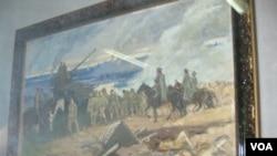 乌兰巴托蒙古军事博物馆中,介绍诺门罕战役战场画面和日军战俘的油画。