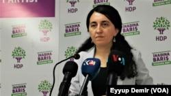 Peyvdara Partîya Demokratîk ya Gelan (HDP) Ebrû Gunay