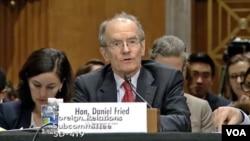 대니얼 프리드 미 국무부 제재담당조정관이 28일 상원 외교위 산하 동아태소위에서 열린 청문회에서 증언하고 있다.