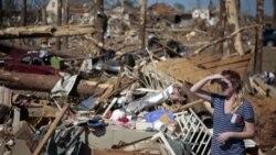 بازدید رییس جمهوری آمریکا از ایالت توفان زده آلاباما