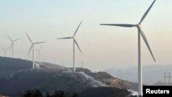 중국 랴오닝성 푸신의 풍력발전용 터빈.
