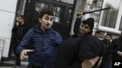 سرکوبی مخالفان نگرانی گستردۀ متحدین غربی ترکیه را در مورد حقوق بشر درین کشور باعث شده است.