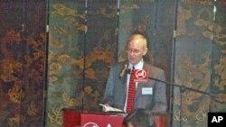 美国驻香港总领事杨苏棣谈美国重返亚洲政策