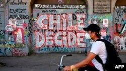Santiago, le 23 octobre 2020, à deux jours du référendum pour une nouvelle Constitution chilienne, qui a été approuvée avec plus de 78% des votes. (Photo AFP)