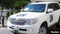 Возило на екипата на ОН која се наоѓа во Сирија.