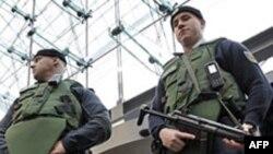 Berlin'de Bina İşgaline Karşı Polis Operasyonu