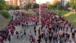 Македонија: Демократија во криза